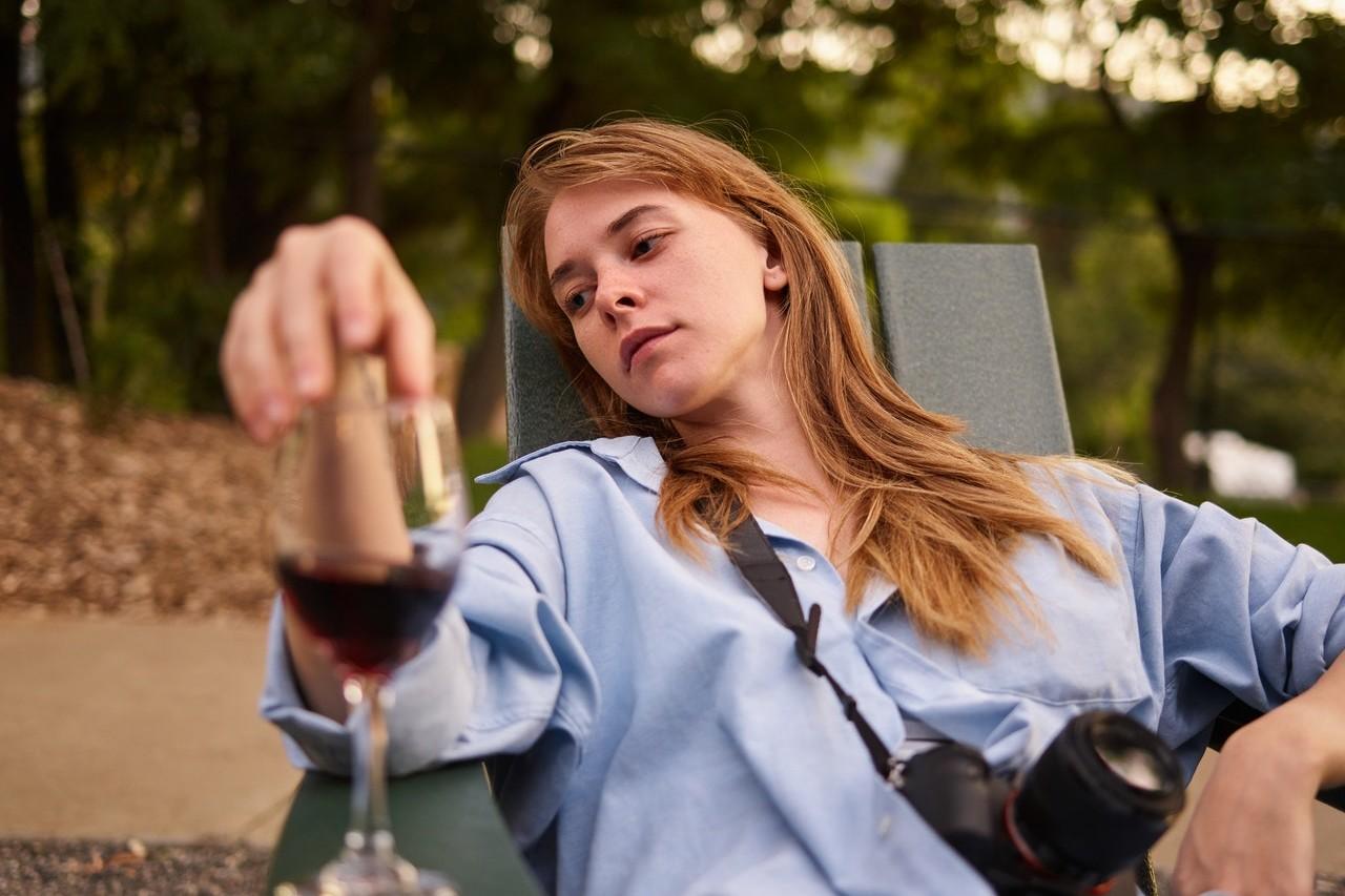 ragazza procrastina articolo blog Veronica Rossi psicologa